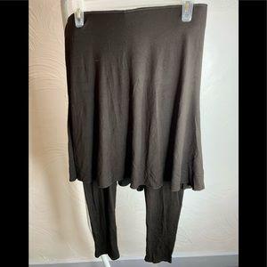 Legacy Womens Brown Skirt /Pants Combo Sz.,M